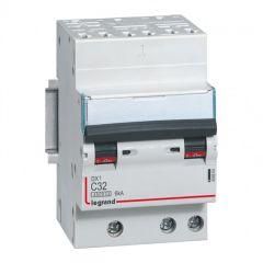Disjoncteur DX³ 4500 - auto/vis - 3P - 400 V~ - 32A - 6kA - courbe C - 1 mod