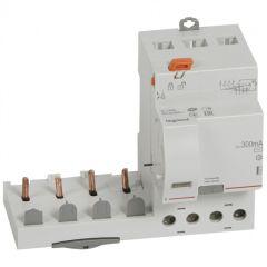 Bloc diff adapt DX³-vis-4P-400V~-63A-typeAC-300mA-disj 1mod/pôle-câbl trad