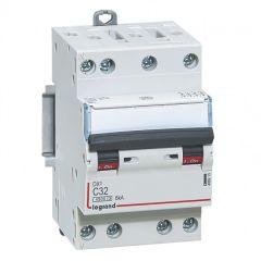 Disjoncteur DX³ 4500 - vis/vis - 4P - 400 V~ - 32A - 6kA - courbe C - 3M