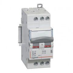 Inter-sectionneur de tête DX³-IS - vis/vis - 3P - 400 V~ - 32 A - 2 M