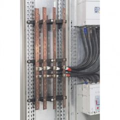 Support isolant 1 barre par pôle - jusqu'à 400 A - XL³ 400/800